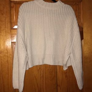 Kendall & Kylie Sweaters - Cropped cream sweater